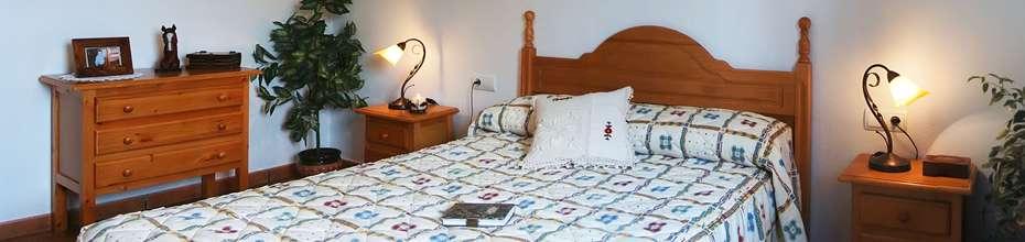 Disponemos de dormitorios amplios y a la vez acogedores. Nuestros colchones proporcionan un confort sin igual.