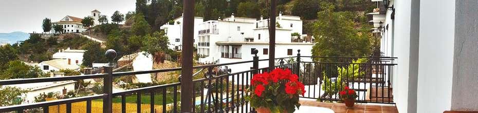 Desde nuestros alojamientos dispones de las mejores vistas de toda la Alpujarra